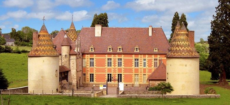 Chateau de menessaire 1